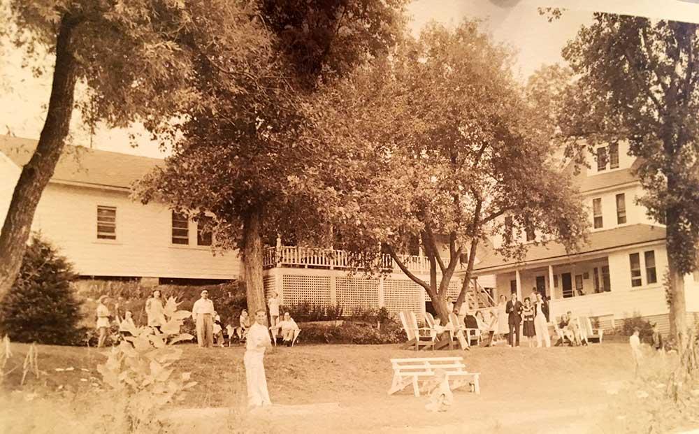 1930s-crandalls9060