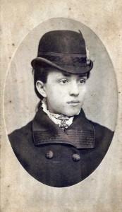 Young Aida Austin.